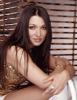Возможно, Ангелике Агурбаш из Беларуси также отведена роль стать певицой революции на Евровидении-2005, как и украинке Руслане